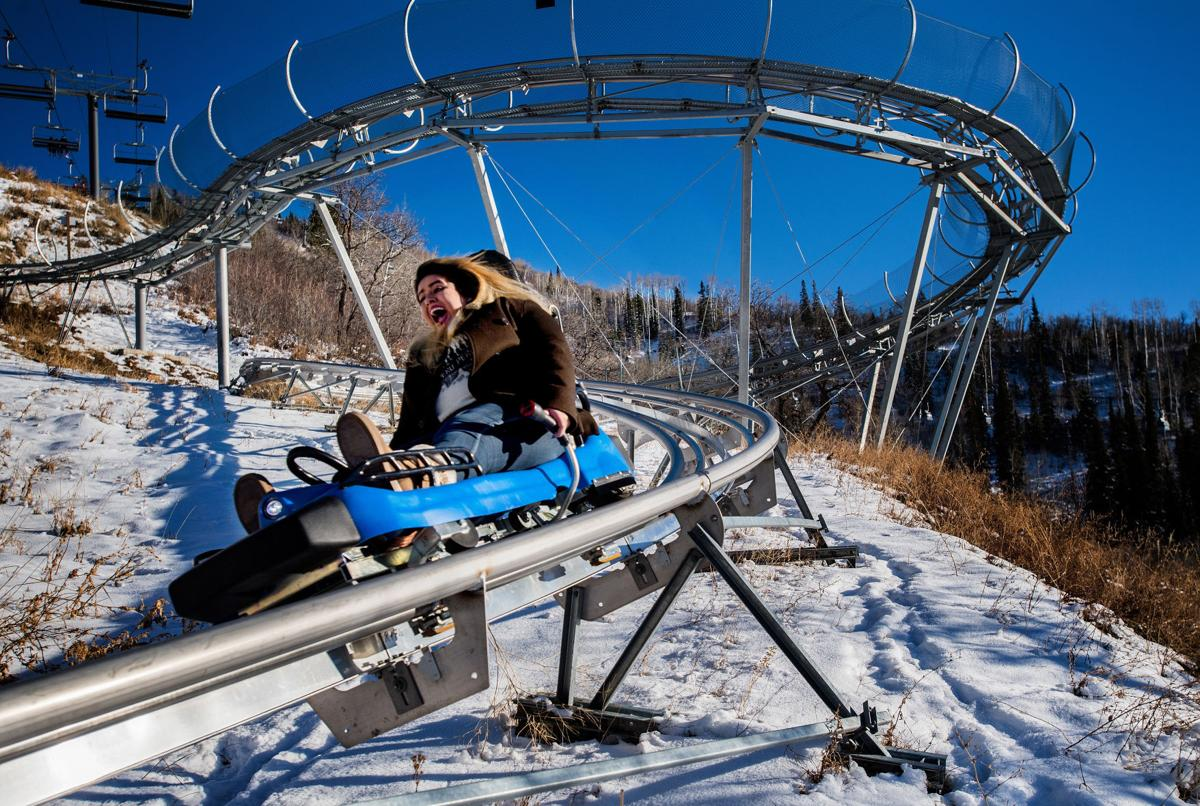 Outlaw Mountain Coaster by Retreatia Vacation Lodging